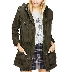 Aritzia trooper jacket (short version)